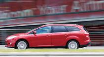 Ford Focus 1.6 Ecoboost Turnier Titan, Seitenansicht, Fahrt