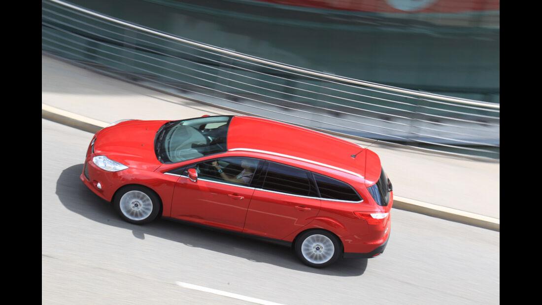 Ford Focus 1.6 Ecoboost Turnier Titan, von oben