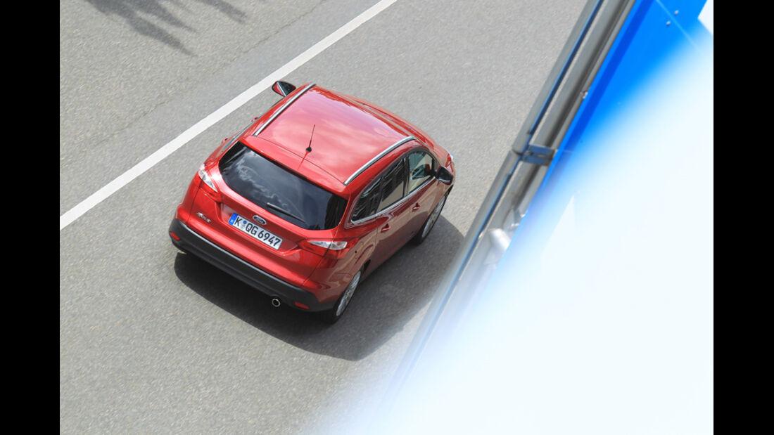 Ford Focus 1.6 Ecoboost Turnier Titan, von oben, Rückansicht