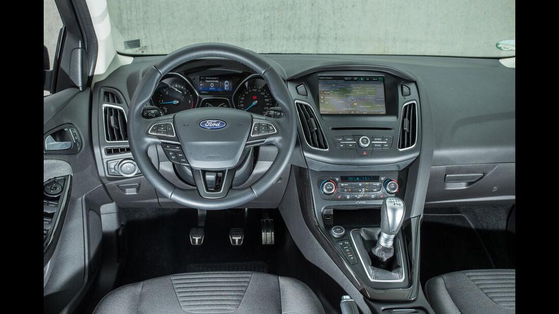 Ford Focus 2.0 TDCi, Cockpit
