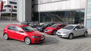 Ford Focus 2.0 TDCi, Honda Civic 2.2 i-DTEC, Kia Cee 'd 1.6 CRDi, Opel Astra 2.0 CDTi, Peugeot 308 Hdi, VW Golf 2.0 TDI, Frontansicht