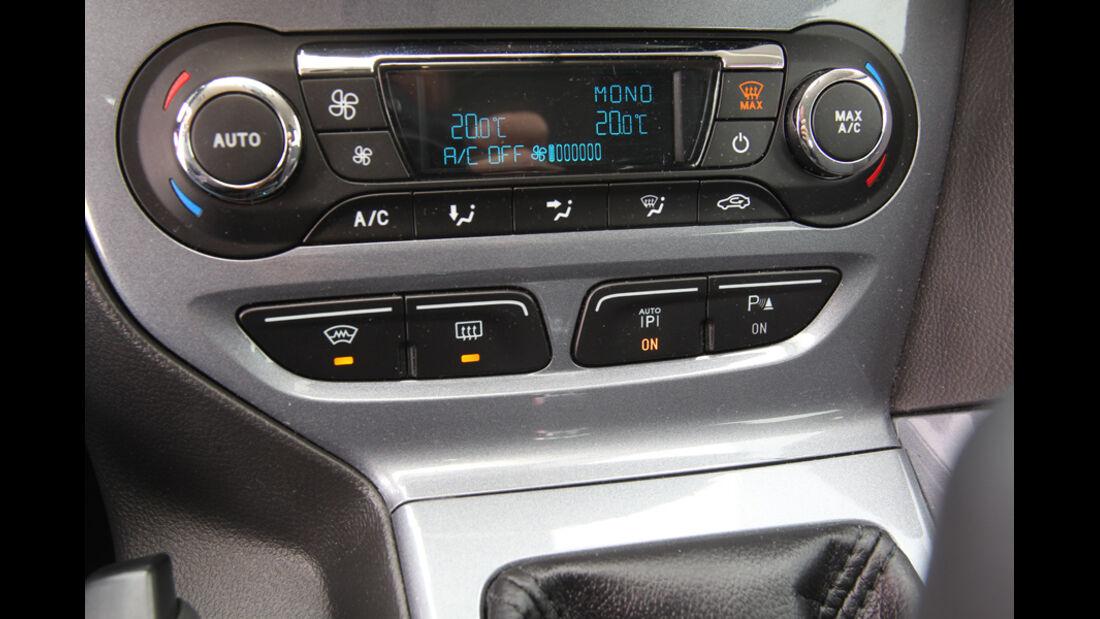 Ford Focus 2.0 TDCi Titanium, Innenraum