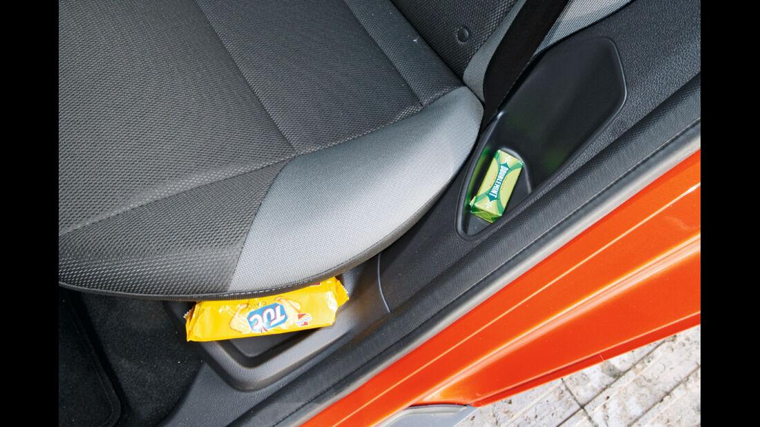 Ford Focus 2.0 TDCi Trend, Ablagefächer