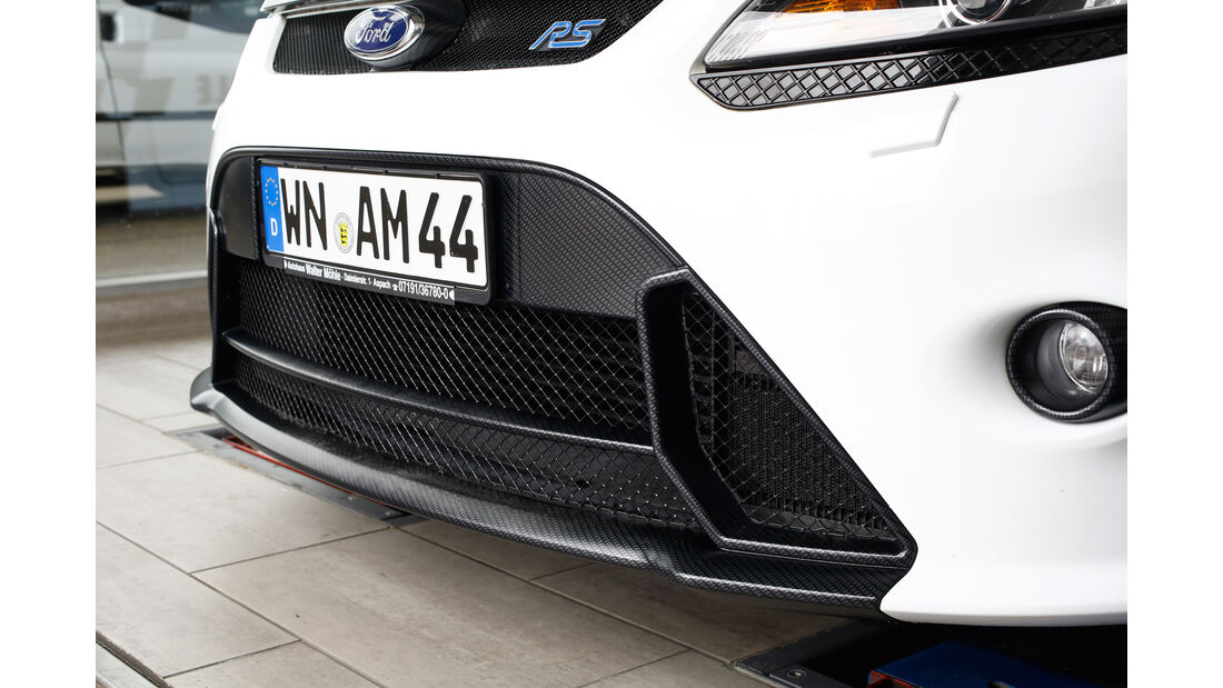 Ford Focus RS, Frontschürzte