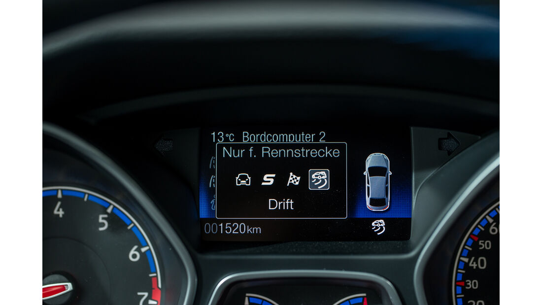 Ford Focus RS, Infotainment
