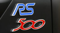 Ford Focus RS500 RS-Emblem