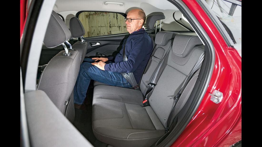 Ford Focus, Rücksitz, Beinfreiheit