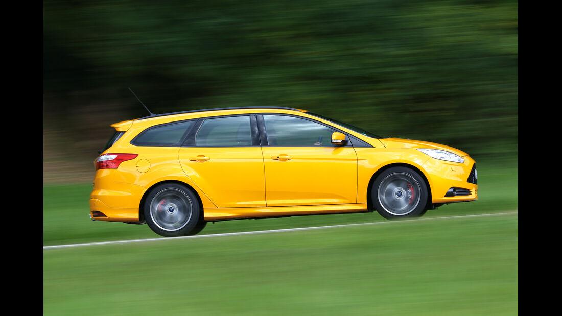 Ford Focus ST Kombi, Seitenansicht