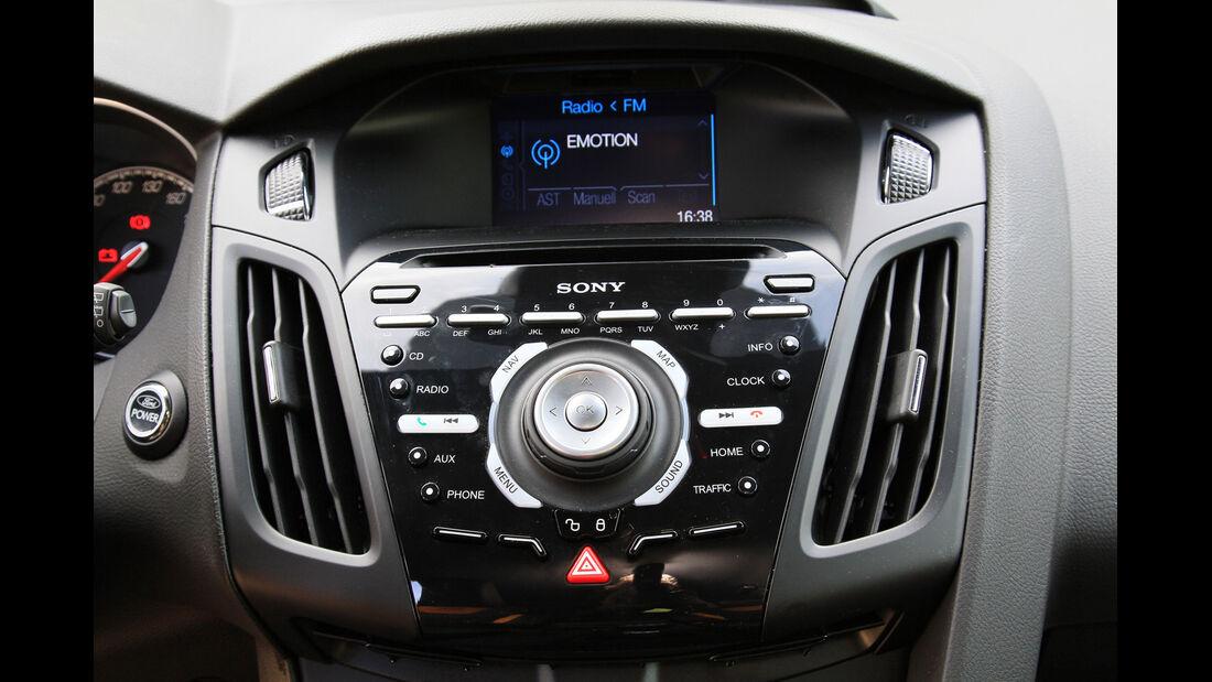 Ford Focus ST, Mittelkonsole, Bordcomputer