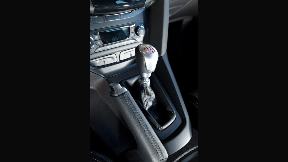 Ford Focus ST, Schaltknauf