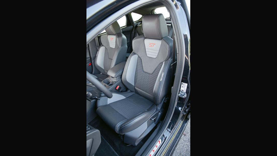 Ford Focus ST, Sitze