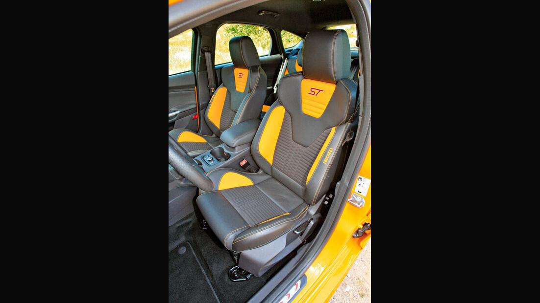 Ford Focus ST, Sitze, Fahrersitz