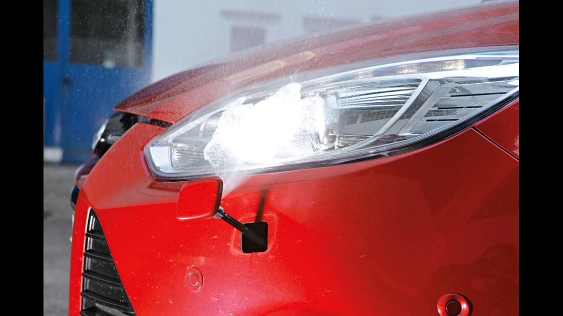 Ford Focus, Scheinwerferreinigung