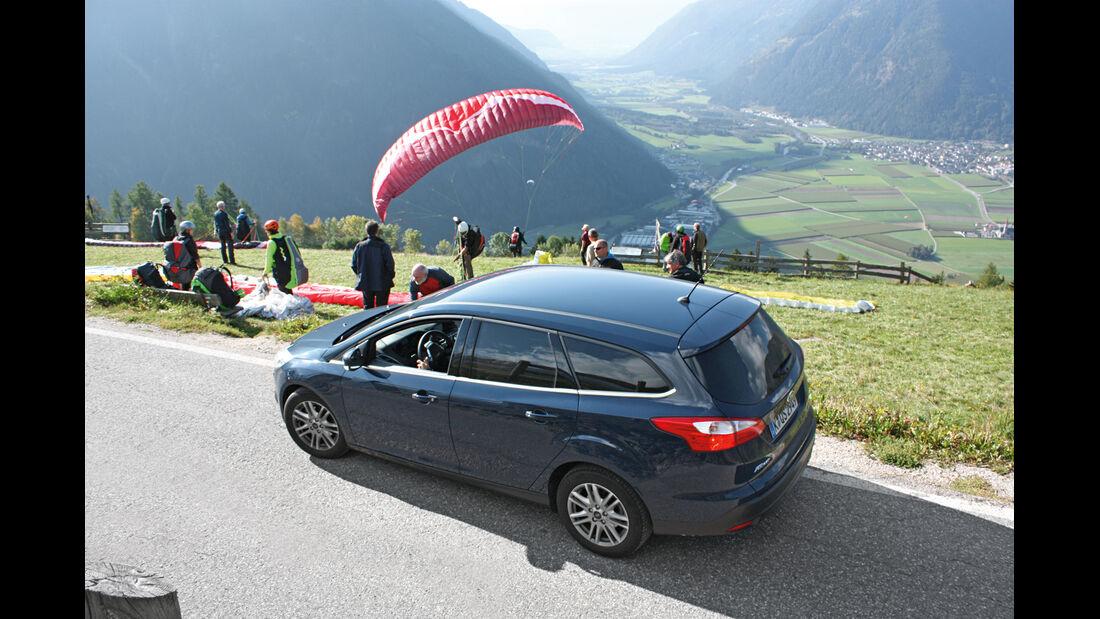 Ford Focus Turnier 1.0 Ecoboost, Gleitschirm