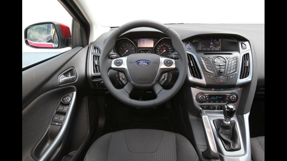 Ford Focus Turnier 1.6 Ecoboost Titanium, ams1411, Cockpit, Lenkrad