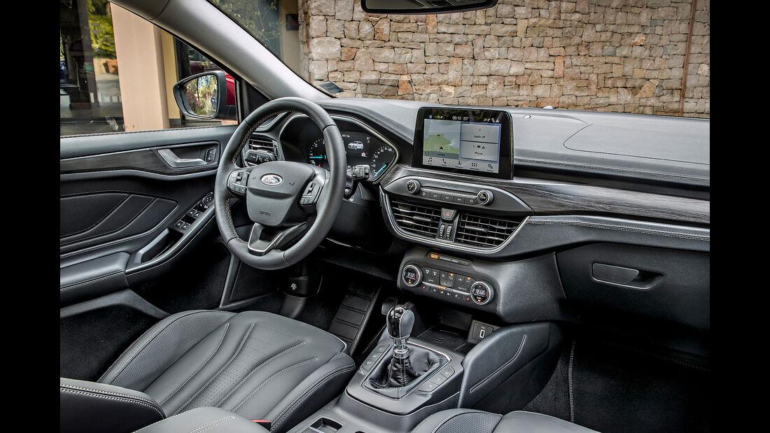 Ford Focus Turnier 2018, Innenraum, Cockpit, Lenkrad