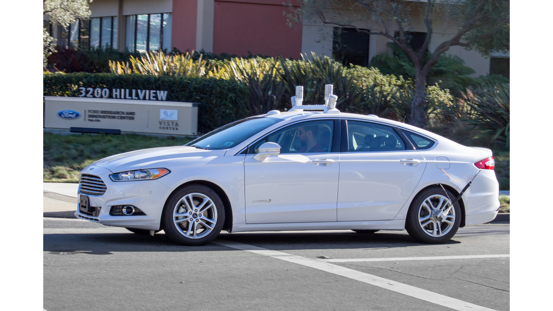 Ford Fusion (US) 2016 Hybrid Autonomous Drive