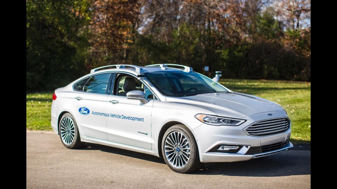 Ford Fusion (US) 2017 Hybrid Autonomous Drive