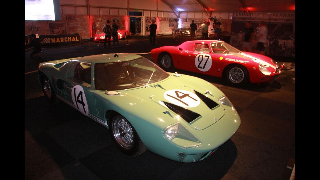 Ford GT 40 #14 1965 - Ferrari 275 LM #27 1965 - Ausstellung - Le Mans