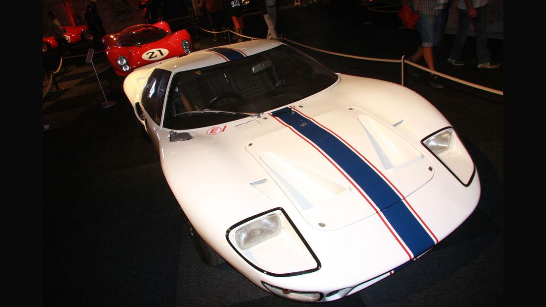 Ford GT 40 #16 1967 - Ausstellung - Le Mans