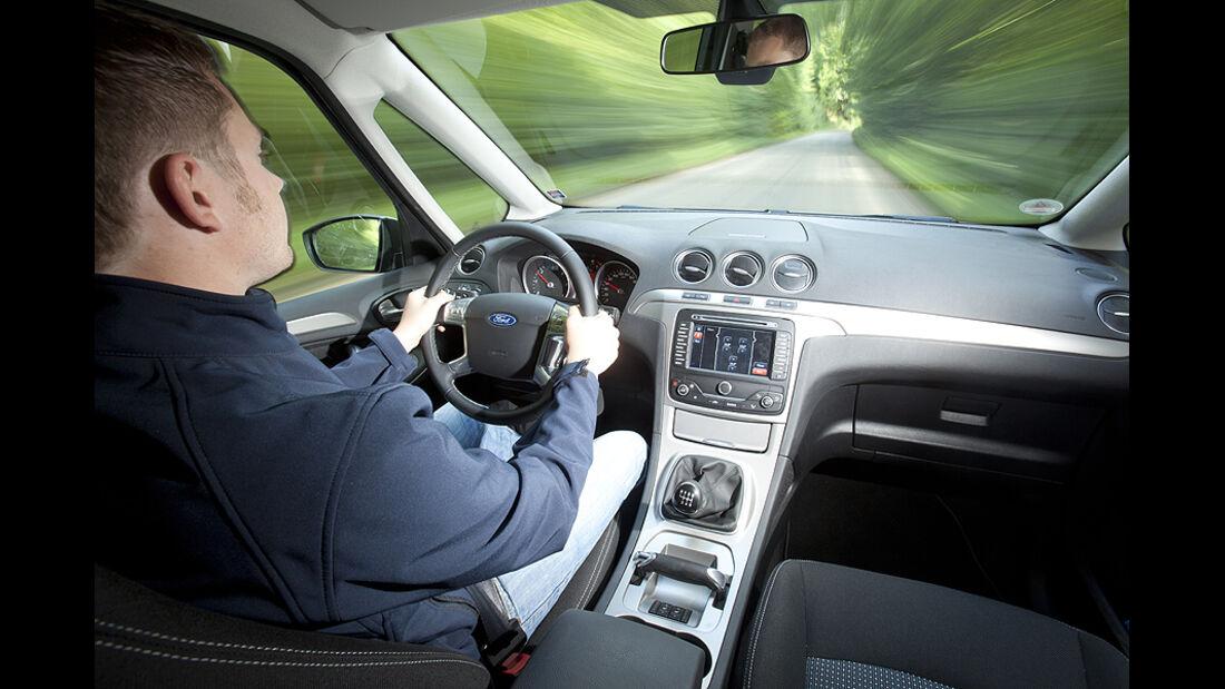 Ford Galaxy 1.6 TDCi Trend, Cockpit