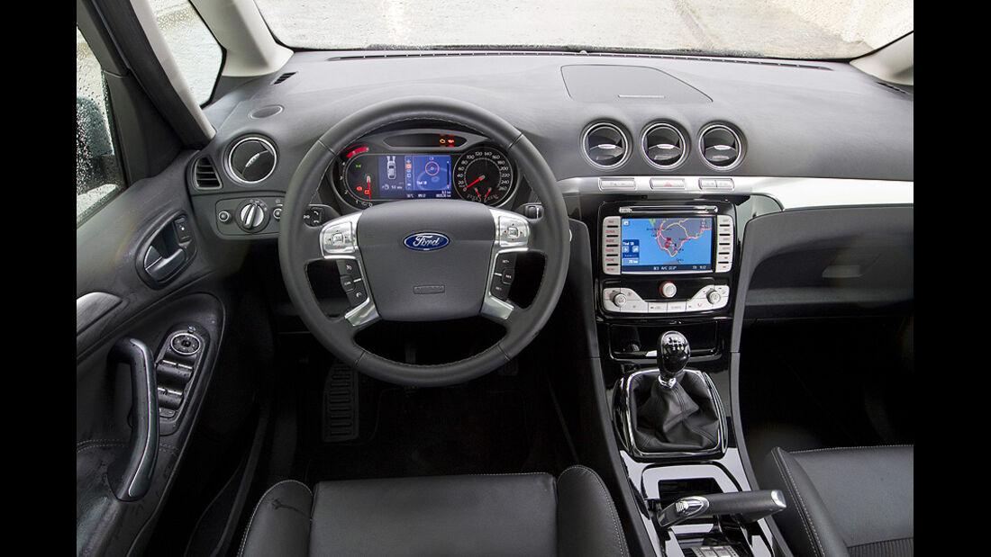 Ford Galaxy 2.0 TDCi Armaturenbrett