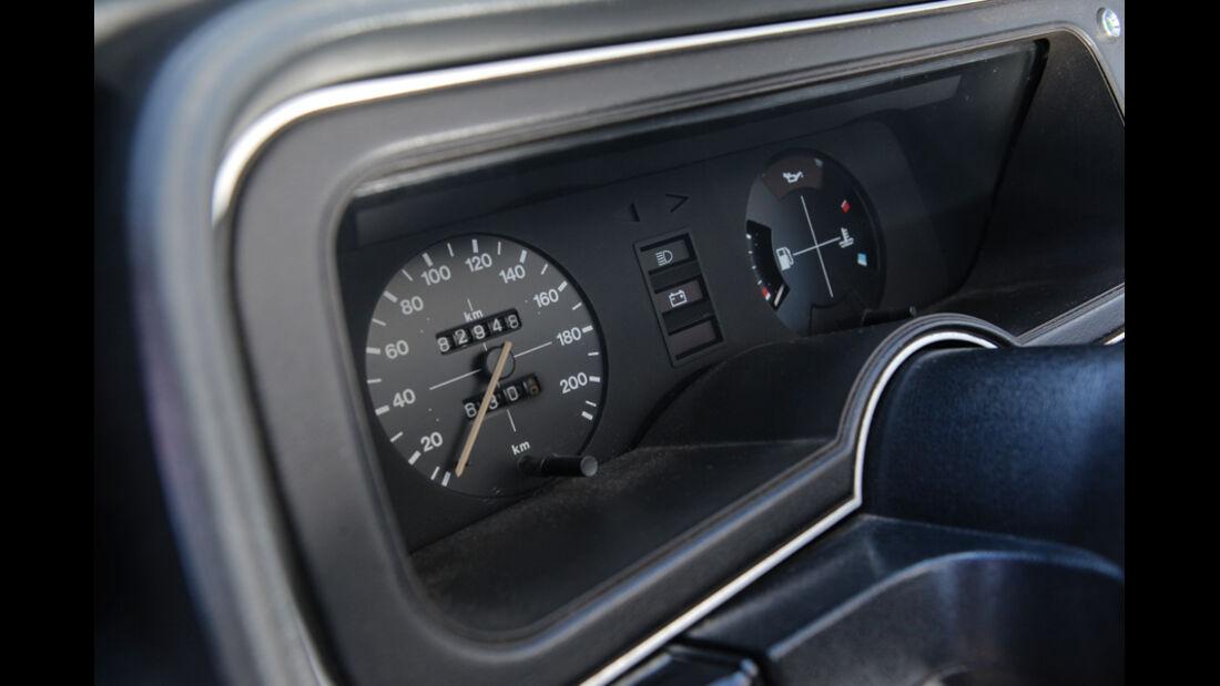 Ford Granada 2.0L V6, Rundinstrumente