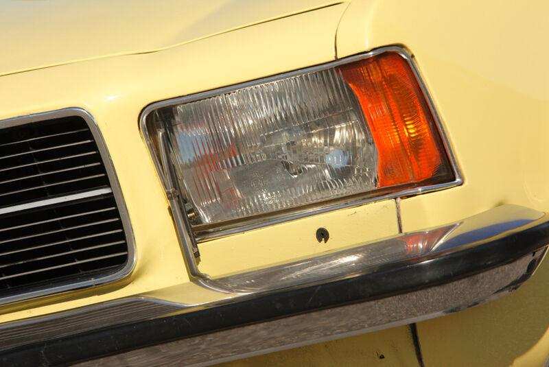 Ford Granada 2.0L V6, Scheinwerfer