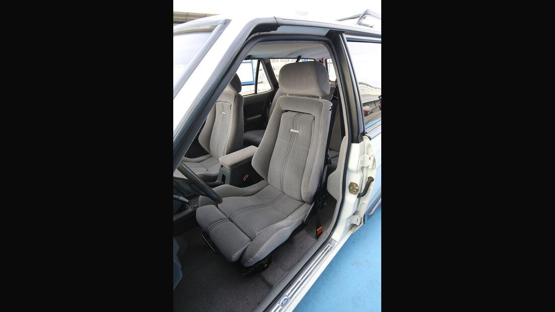 Ford Granada Turnier 2.8 Injection, Sitze