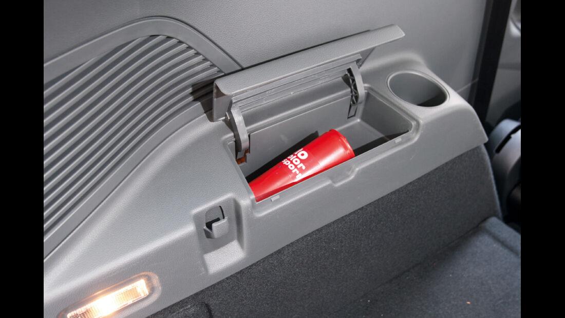 Ford Grand C-Max 2.0 TDCi, Ablage
