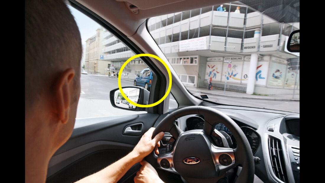 Ford Grand C-Max 2.0 TDCi, Cockpit, Einparkassisten, Montage