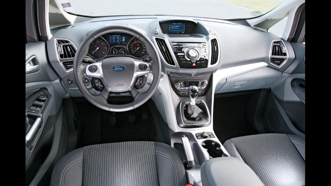 Ford Grand C-Max 2.0 TDCi Titanium, Cockpit