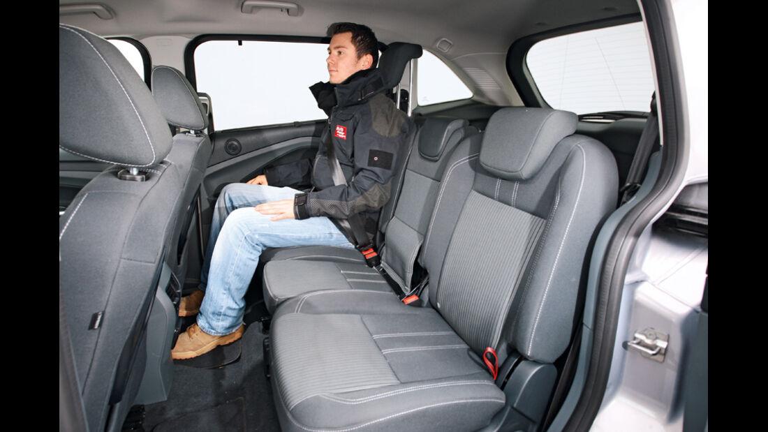 Ford Grand C-Max 2.0 TDCi Titanium, Rücksitz, Rückbank