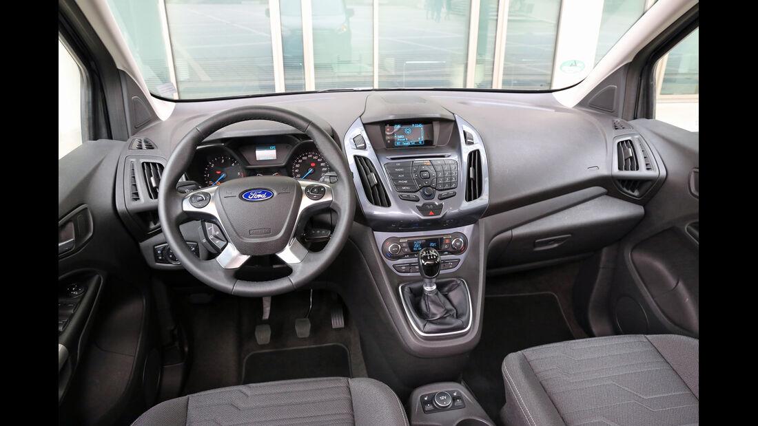 Ford Grand Tourneo 1.6 TDCi, Cockpit