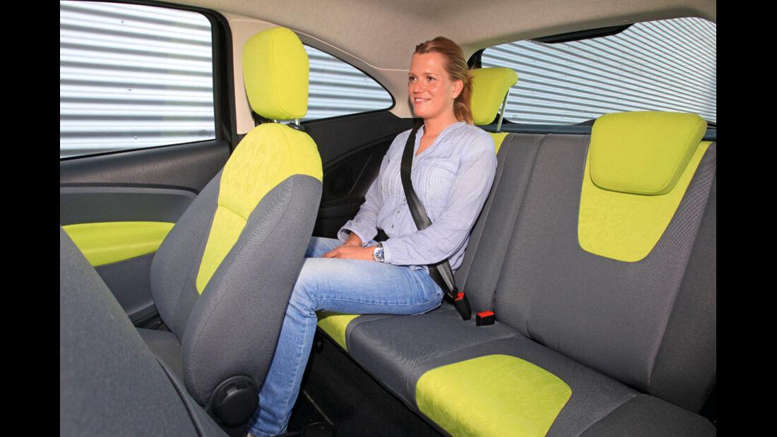 Ford KA Titanium, Rücksitz, Innenraum
