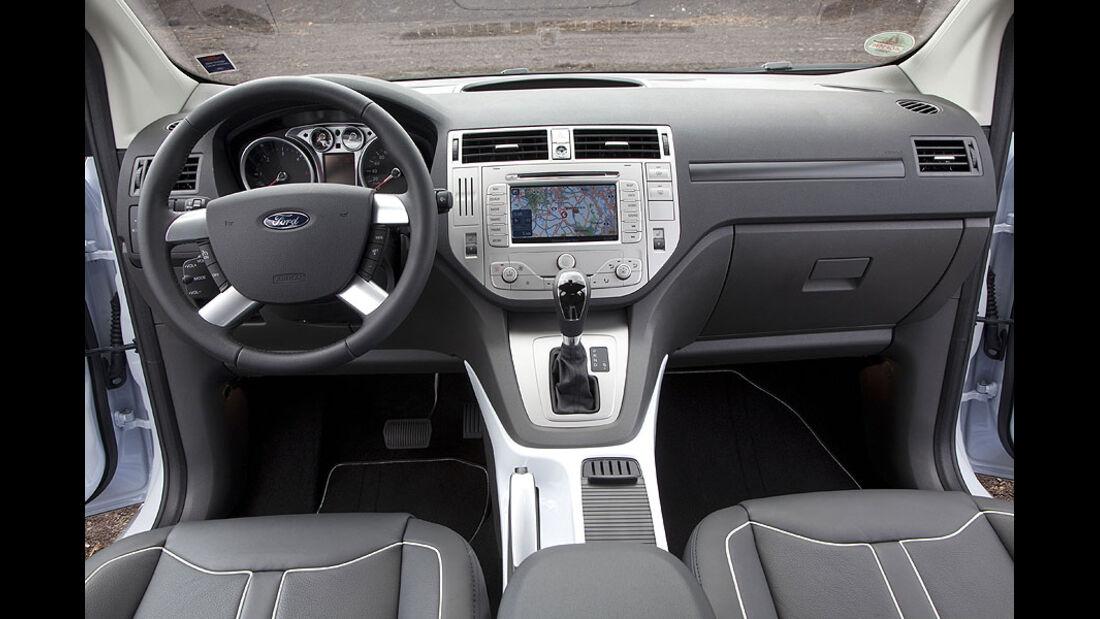 Ford Kuga 2.0 TDCI 4x4 Cockpit