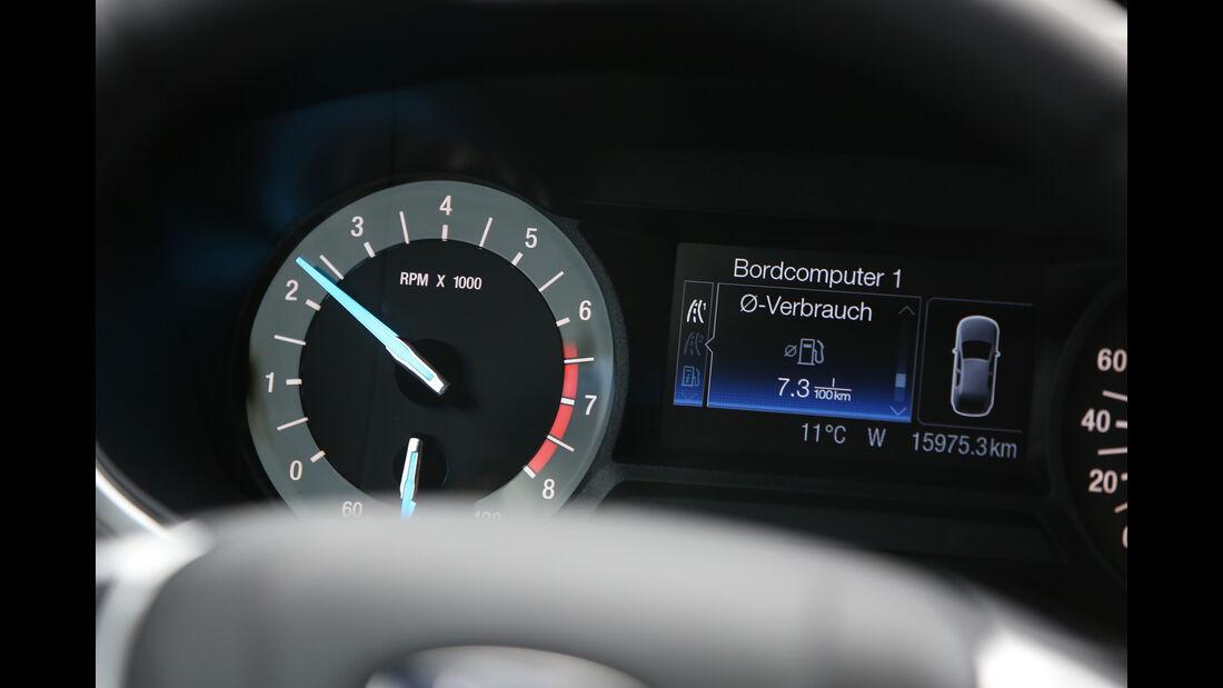 Ford Mondeo 1.0 Ecoboost, Rundinstrumente