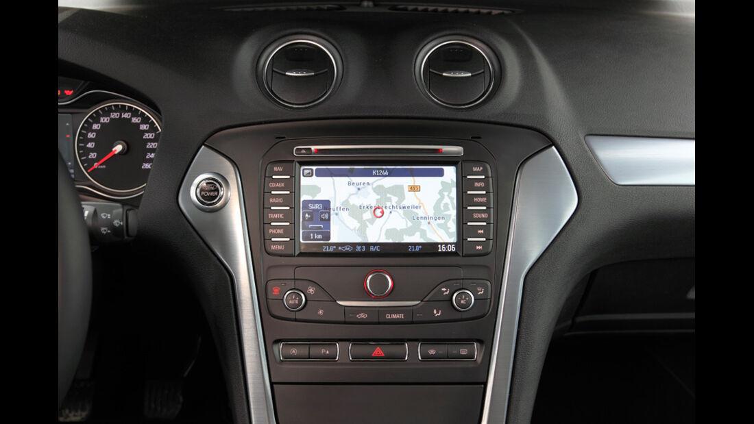 Ford Mondeo 1.6 Ecoboost, Fahrersitz
