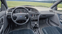 Ford Mondeo 1.8i, Interieur