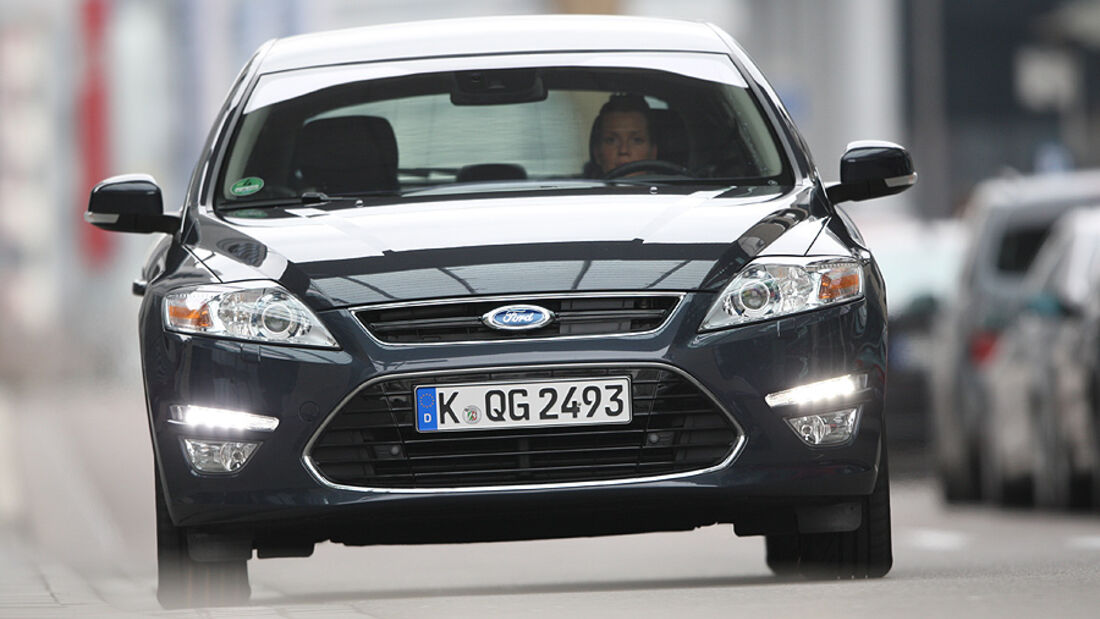 Ford Mondeo 2.0 SCTi, Front