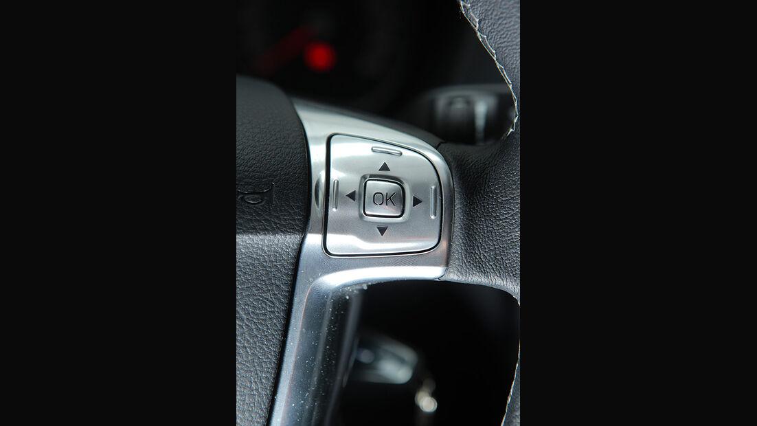 Ford Mondeo Flexifuel LPG, Lenkrad-Bedienung