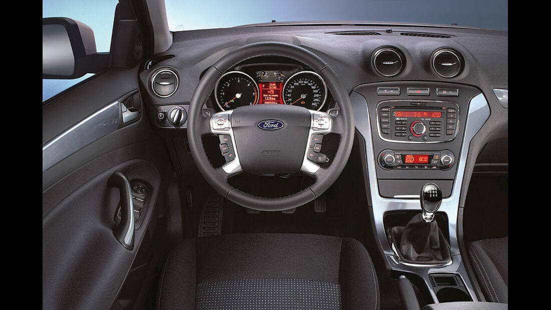 Ford Mondeo, Innenraum, Cockpit