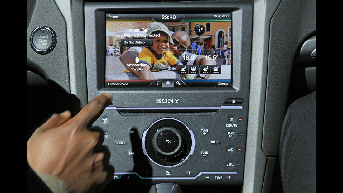 Ford Mondeo Multimediasystem SYNC