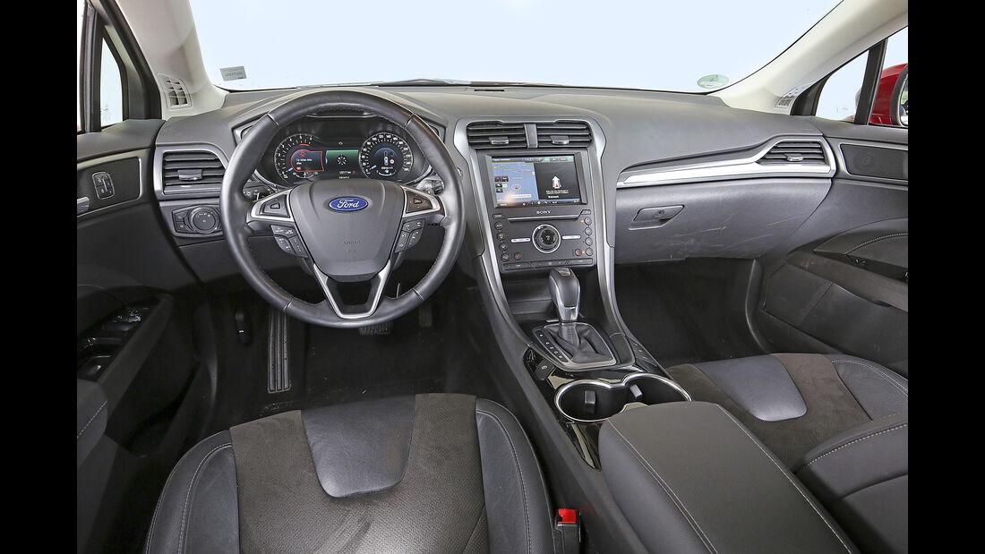 Ford Mondeo Turnier 2.0 TDCi, Interieur