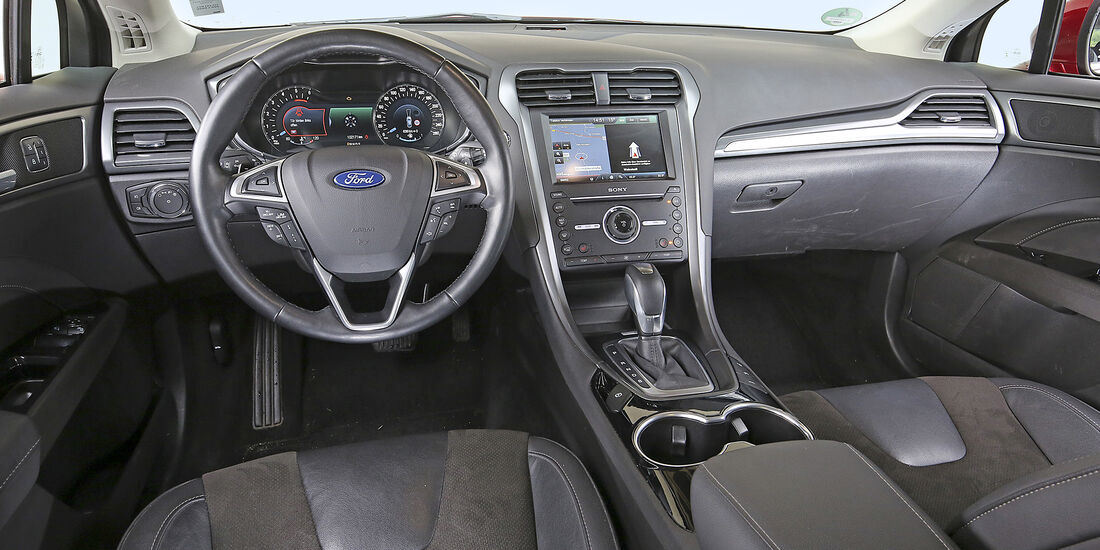 Ford Mondeo Turnier 2.0 TDCi, Interieur