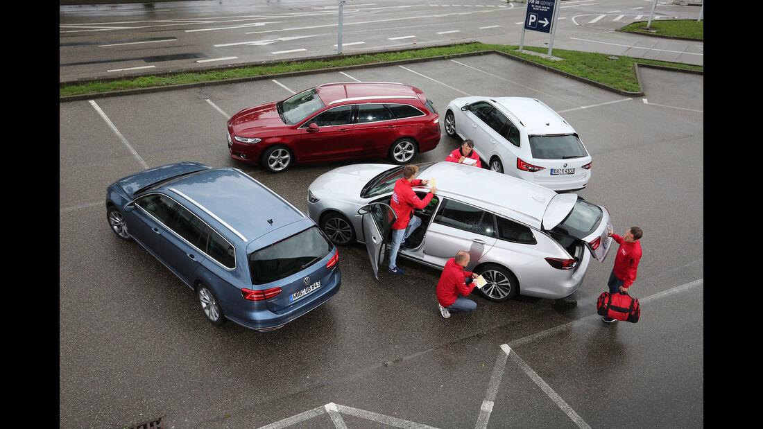 Ford Mondeo Turnier 2.0 TDCi, Opel Insignia Sports Tourer 2.0 Diesel, Skoda Superb Combi 2.0 TDI, VW Passat Variant 2.0 TDI, Außenansicht