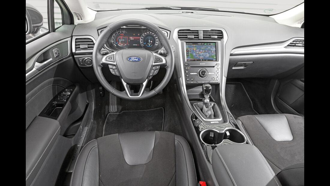Ford Mondeo Turnier, Cockpit