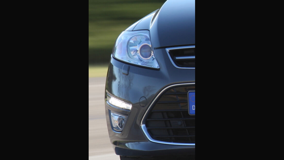 Ford Mondeo Turnier, LED-Tagfahrlicht, Scheinwerfer