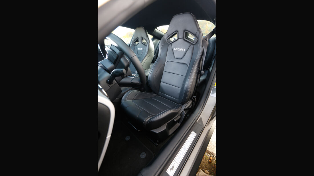 Ford Mustang 2.3 Ecoboost Fastback, Fahrersitz