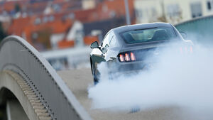 Ford Mustang 2.3 Ecoboost Fastback, Heckansicht